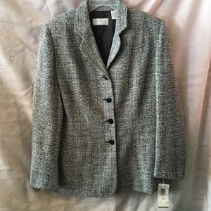 Liz Claiborne suit jacket-ladies 14-New w/tags